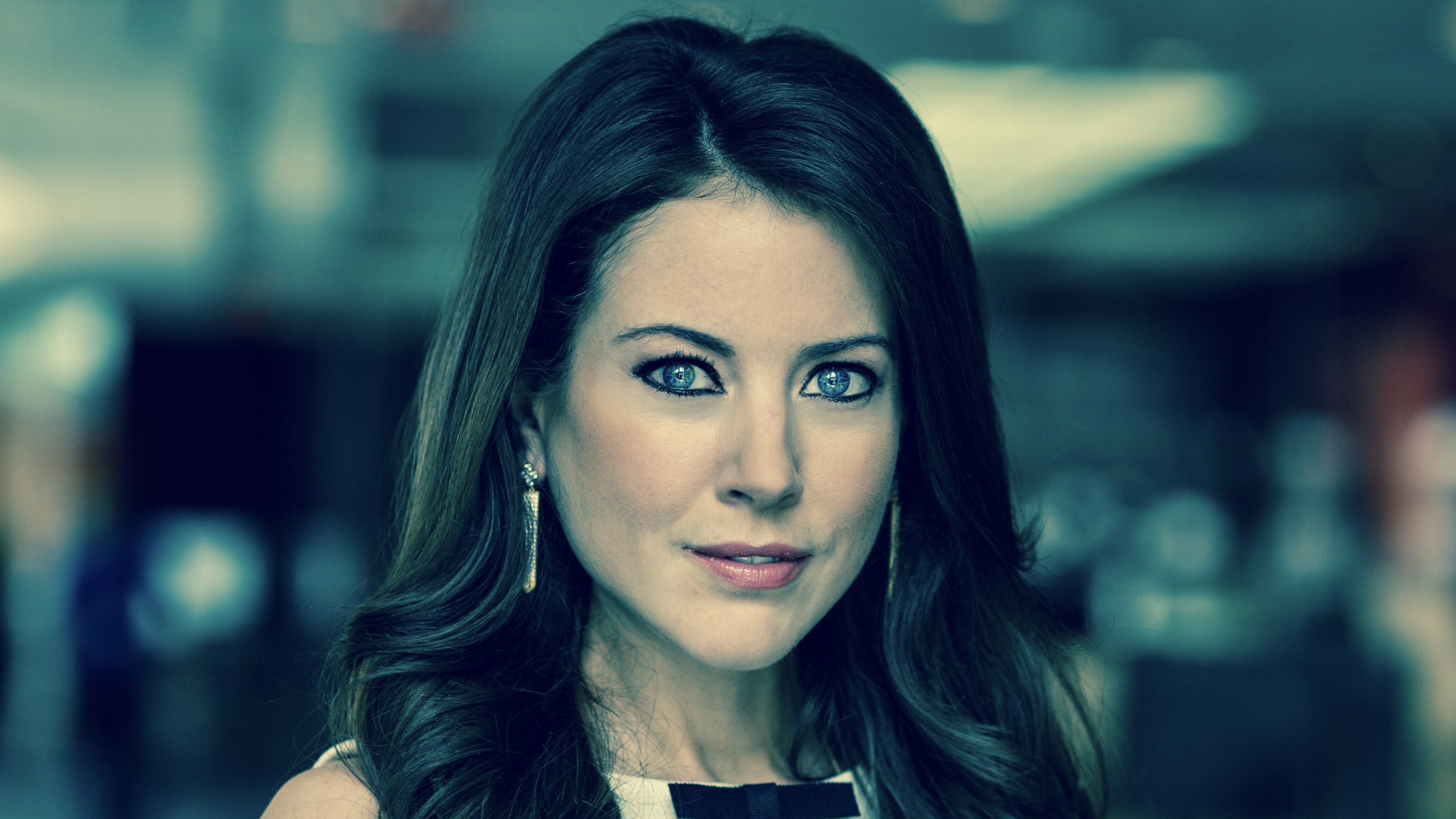 Julia Chatterley Joins Cnn To Anchor New Show