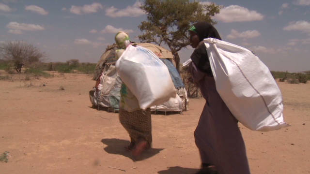 Somalis flee drought, terror
