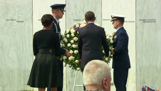 von.obama.shanksville.wreath_00002705