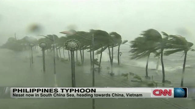 Philippines rocked by typhoon