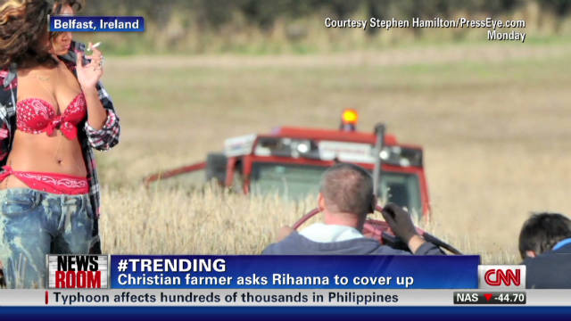 Irish farmer protests Rihanna's 'topless' photoshoot? _00001717