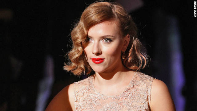 American actress Scarlett Johansson is unhappy that her privacy has been violated by the posting of online nude photos.