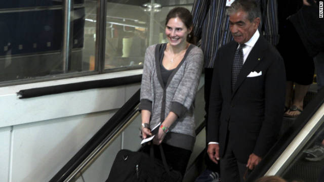 Amanda Knox at the Leonardo Da Vinci airport in Fiumicino October 4, 2011.