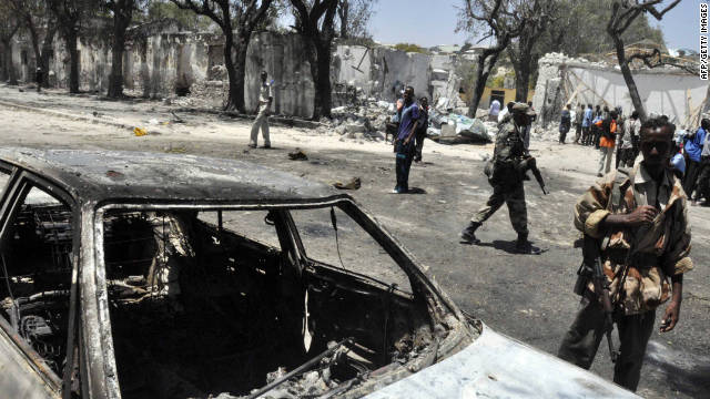 Dozens dead in Somalia bombing