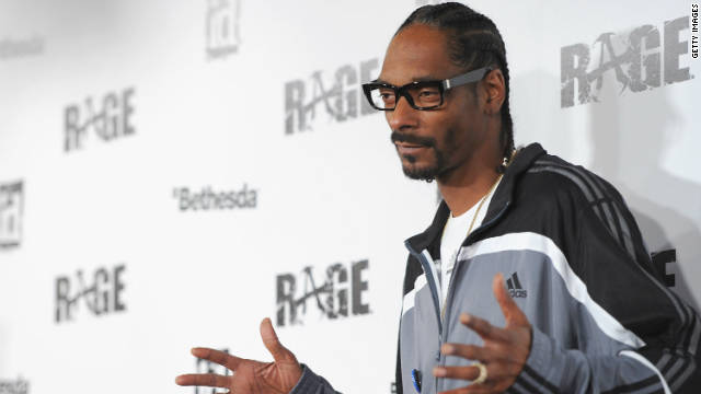 "Snoop Dogg arrives to the launch party for video game ""RAGE"" in Los Angeles in 2011."