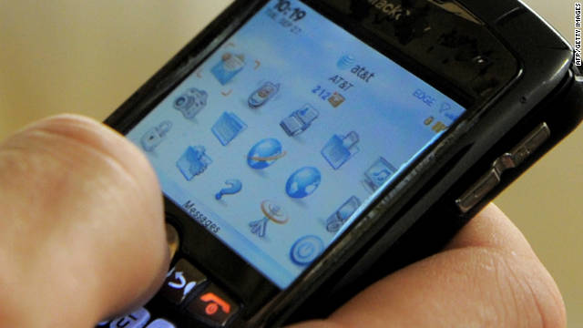 RIM apologizes for BlackBerry outage