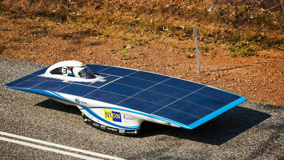 Nuon Solar Team is aiming to win the Veolia World Solar Challenge for a fifth time with the Nuna6 solar car.