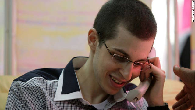 Gilad Shalit back in Israel