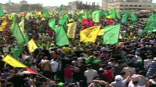 Gaza City celebrates prisoner swap