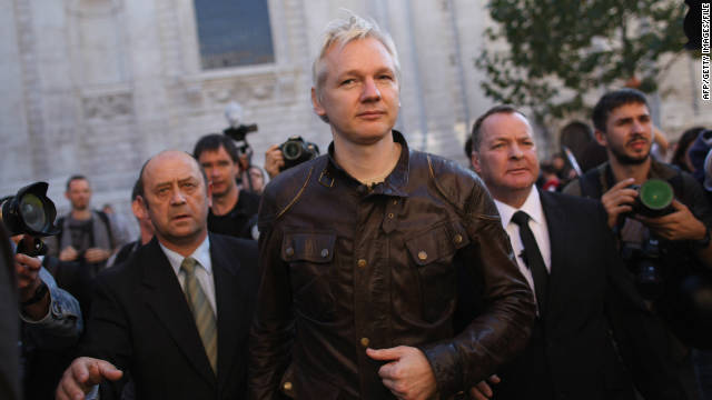 WikiLeaks saga insiders are split on Julian Assange's ordered extradition to Sweden.