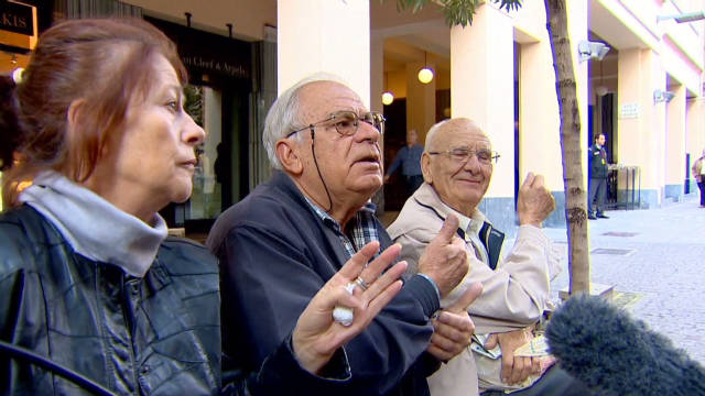Greeks on referendum: 'Totally confused'