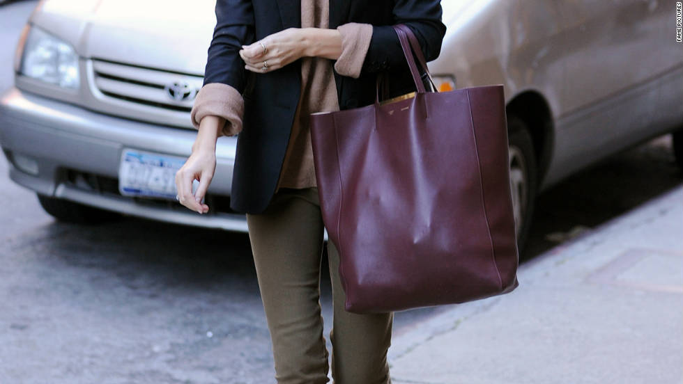 Miranda Kerr roams around New York City.