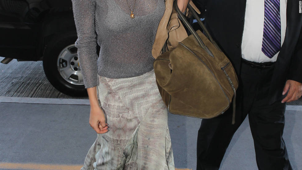 LeAnn Rimes arrives at Los Angeles.