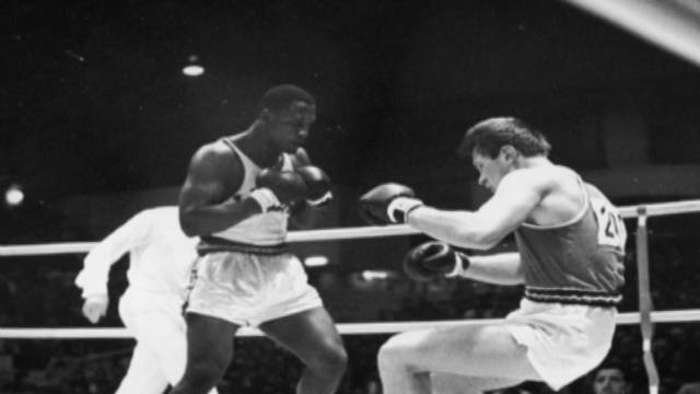 Boxing champion Joe Frazier dies