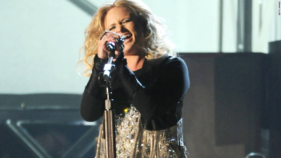 "Miranda Lambert performs a soulful version of her single ""Baggage Claim."" Like her husband, Blake Shelton, Lambert was a winner two years in row. She received the female vocalist of the year again."