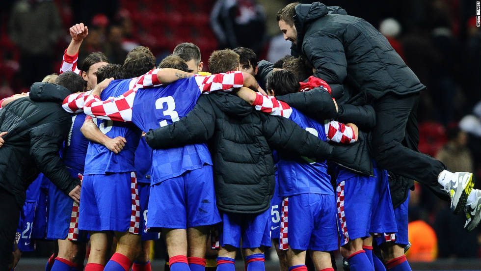 Turkey endured a nightmare in Istanbul on Friday, losing 3-0 at home to Croatia thanks to goals from Ivica Olic, Mario Mandzukic and Vedran Corluka. Home advantage for Tuesday's second leg in Zagreb should be enough to see Slaven Bilic's Croatia reach the finals for a third successive time.