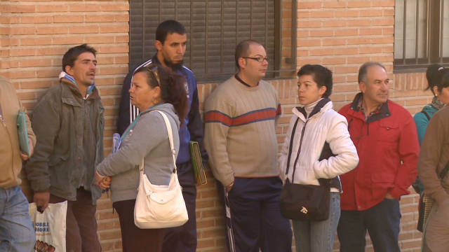 Spain battles 45% youth unemployment