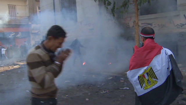 bs watson cairo tear gas and protesters_00011917