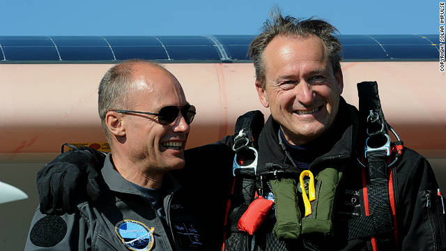 Bertrand Piccard (left) and Andre Borschberg