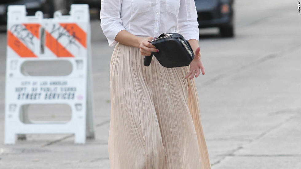 Dianna Agron goes to a meeting in Hollywood.