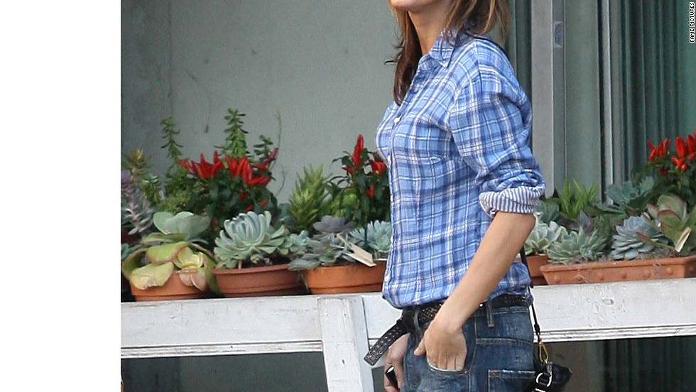 Elisabetta Canalis hangs out with friends in West Hollywood.