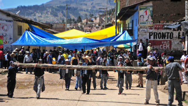 Protesters block the way to the Yanacocha mine in Cajamarca, Peru on November 25,.