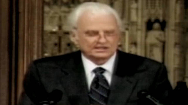 2001: Billy Graham delivers 9/11 sermon