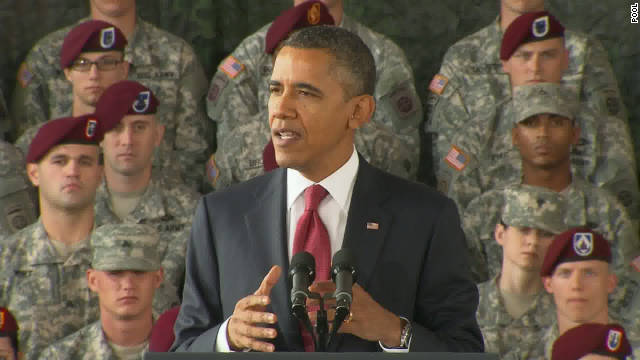 Obama honors troops returning from Iraq