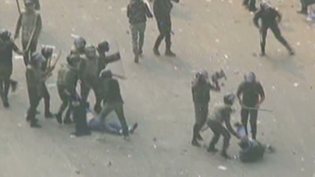 Egyptian protests turn violent