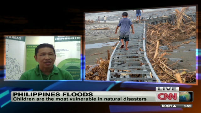 Philippines flooding: Children at risk