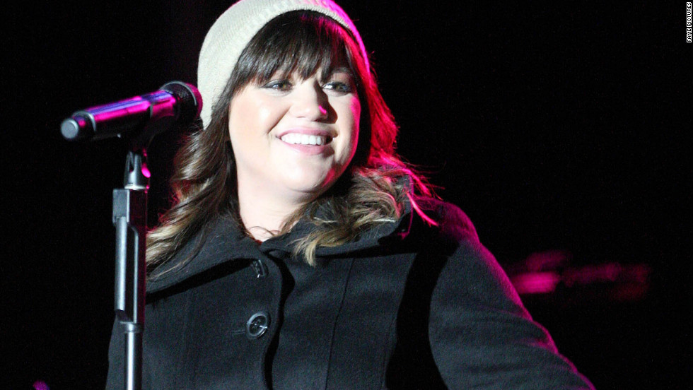 Kelly Clarkson performs at a concert in New Orleans.