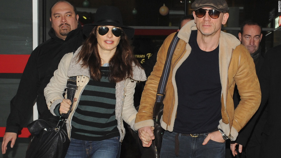 Rachel Weisz and Daniel Craig arrive in Paris.