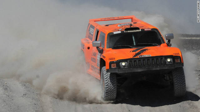 Robby Gordon's hopes of winning the Dakar Rally have been left hanging in the balance.