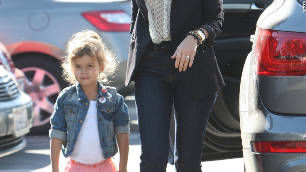 Jessica Alba takes her daughter to school in Santa Monica.