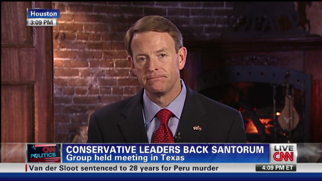 Conservative leaders back Santorum