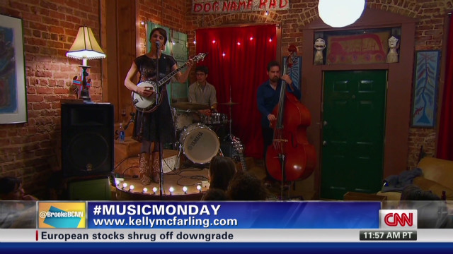 exp NR Music Monday - Kelly McFarling_00012801