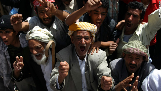 Anti-government protesters demand the trial for Yemen's outgoing President Ali Abdullah Saleh in Sanaa, on January 16, 2012.