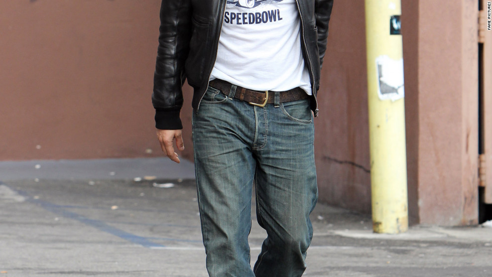Olivier Martinez runs errands in Los Angeles.