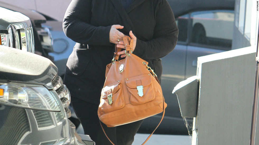 Melissa McCarthy goes to a Pilates class in Hollywood.