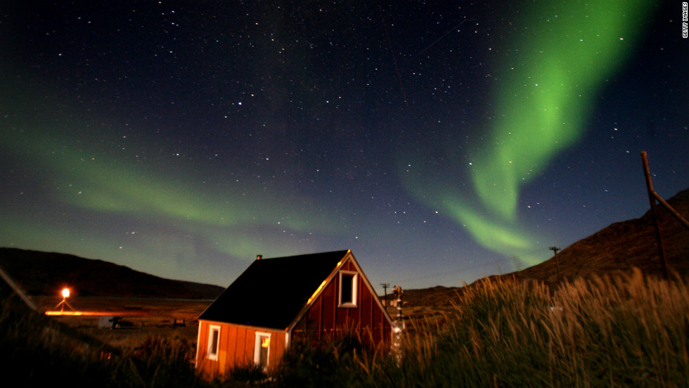 The Northern Lights, which usually occur from September to October and from March to April, can frequently be seen in northen Canada, and the far north of Europe, from Greenland to Iceland and Norway.