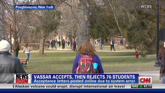 exp Vassar College Apologizes For Admissions Mistake_00002001