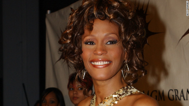 Singer Whitney Houston poses backstage at the VH1 Divas Duets, a concert to benefit the VH1 Save the Music Foundation held at the MGM Grand Garden Arena on May 22nd, 2003 in Las Vegas, Nevada.