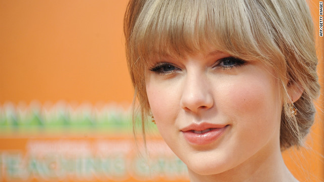 Teen gets dream date with Taylor Swift