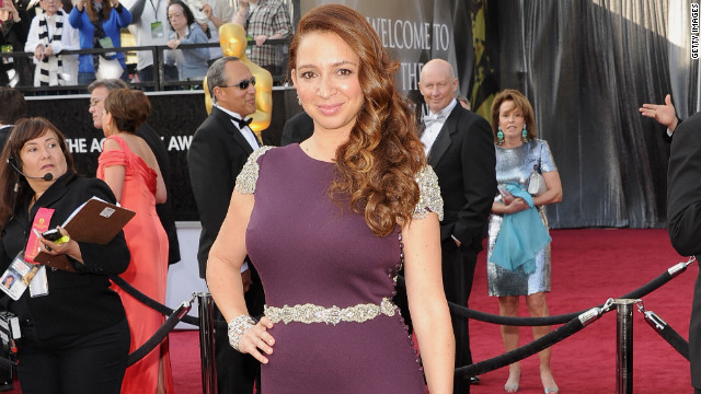 Maya Rudolph attends the 2012 Academy Awards.