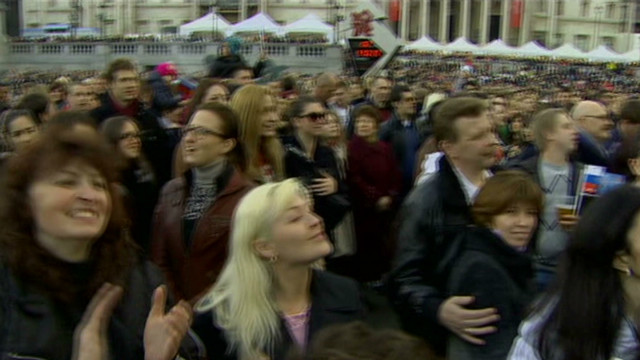 Russian expats ponder election