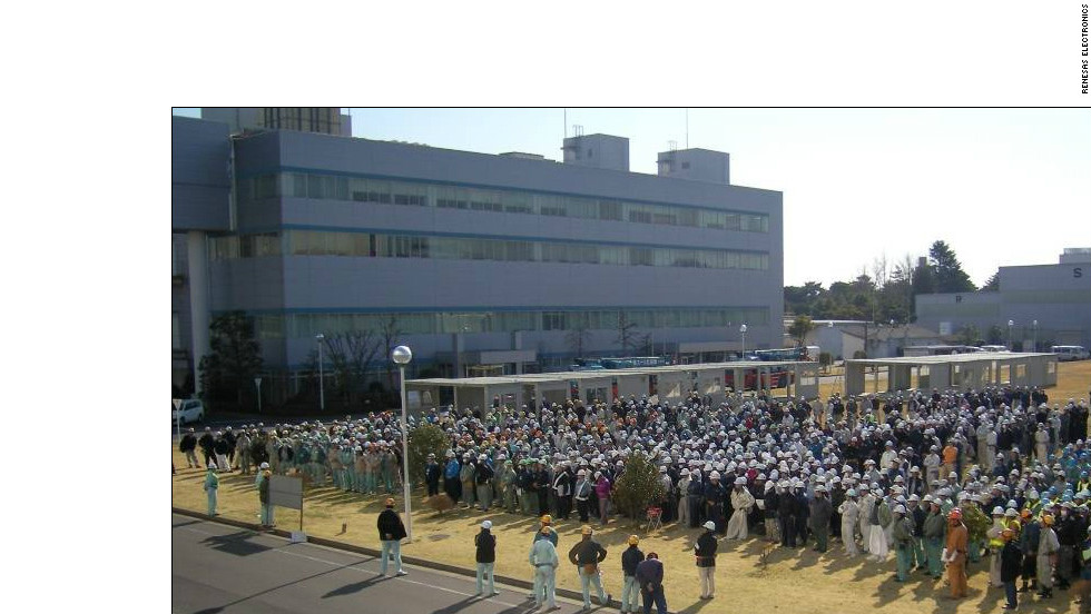 Workers at Renesas Electronics battled hard to restore production at the quake-damaged chip maker's factory.