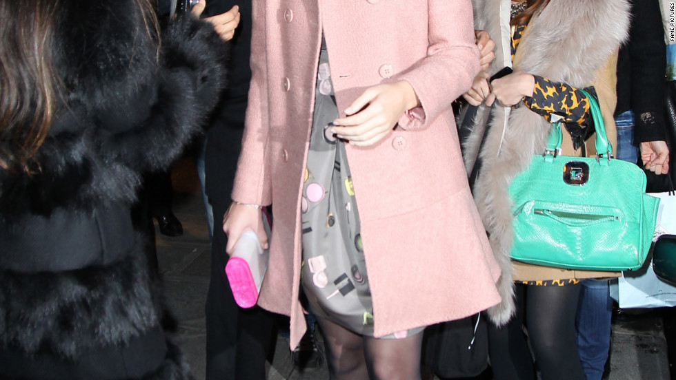 Katy Perry goes shopping in Paris.