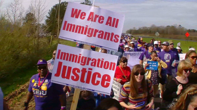 Selma marchers take up immigration cause