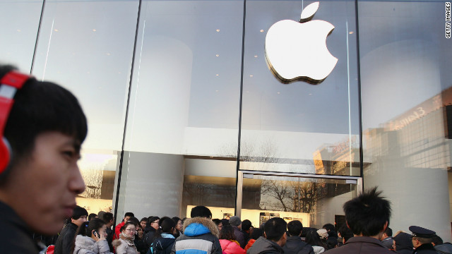 Apple sold a record-breaking two million iPhone 5 in China over the weekend.
