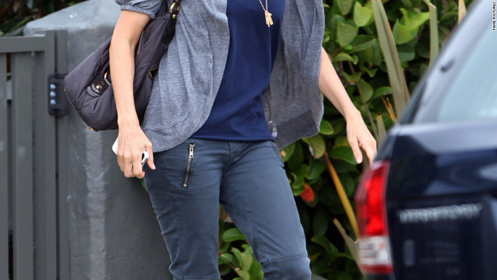 Naomi Watts leaves her house in Sydney.